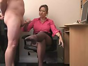 Steaming mature secretary delivers an extraordinaire handjob
